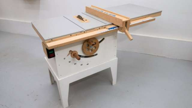 Best Budget Table Saw: TOP 10 Affordable Table Saw [2021 Updated]